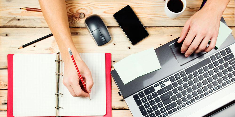 CV manuscrit ou CV en ligne : que choisir